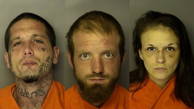Report: 4 charged after assaulting man who reportedly kicked his girlfriend in the face