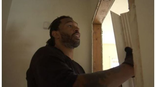 Julius Peppers Announces his Retirement from the NFL